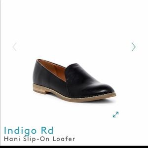 Woman's leather loafers